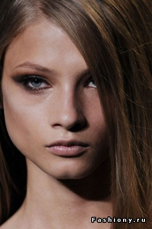 make-up-Elie-Saab