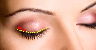 подводка глаз карандашом в макияже после 55-60 лет