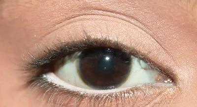 как использовать белый карандаш при азиатских глазах или глубоко посаженных глазах -1