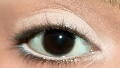 как использовать белый карандаш при азиатских глазах или глубоко посаженных глазах -4
